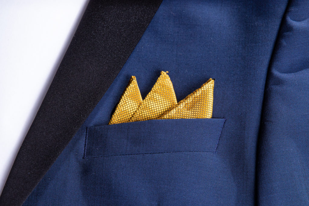 The three point fold into a suit