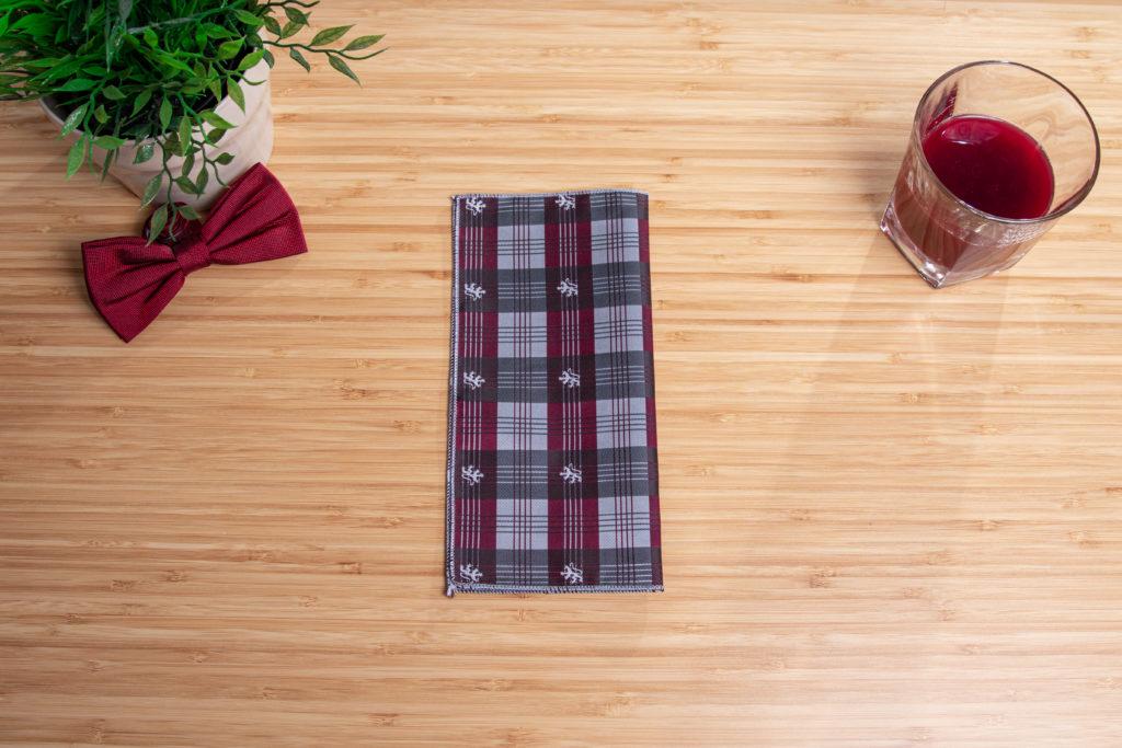 rectangular pocket square folding